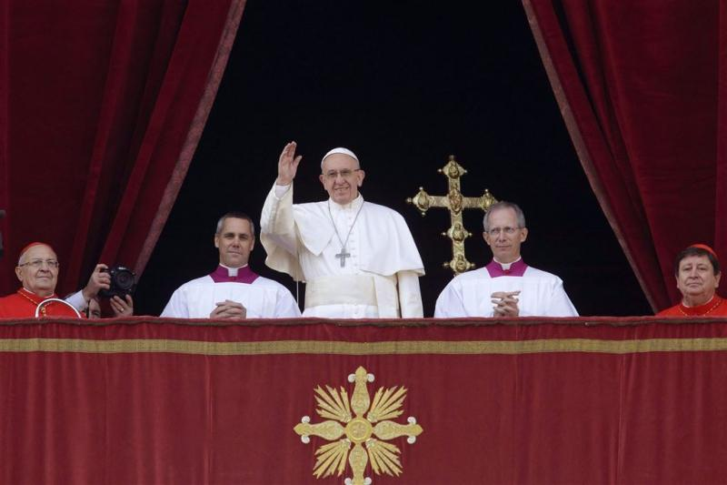 Paus roept op tot wereldwijde vrede