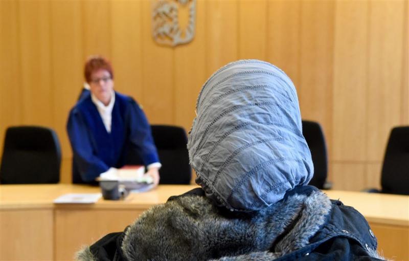 'Geen menswaardige asielopvang Duitsland'