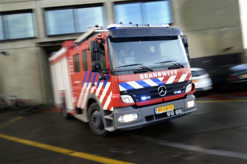 Grote brand in bedrijf Hardinxveld