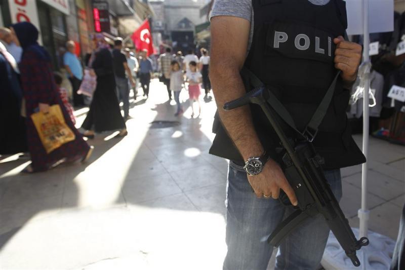 Autobom bij gerechtsgebouw Izmir