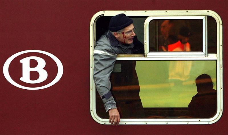 Treinreizigers België tot tweemaal toe vast