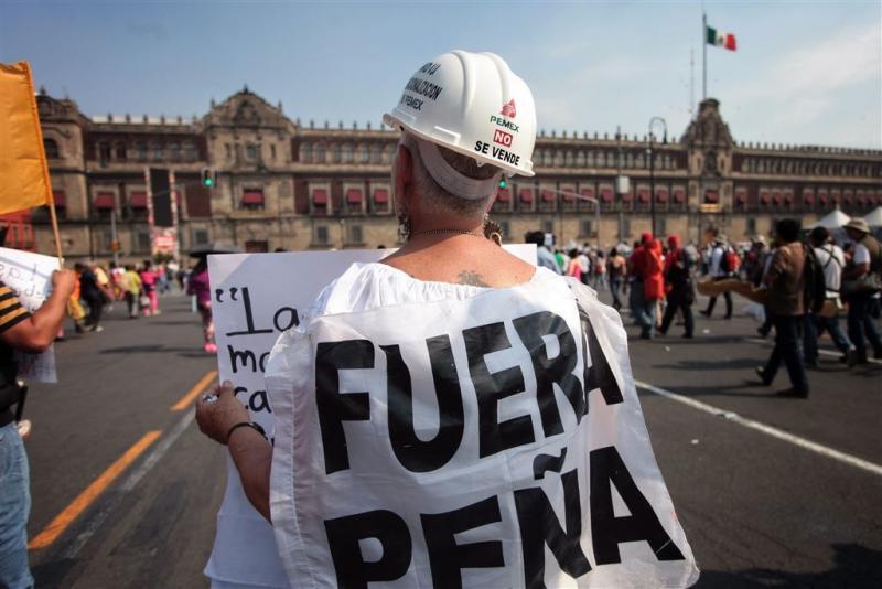 Hoge benzineprijs leidt tot protest in Mexico