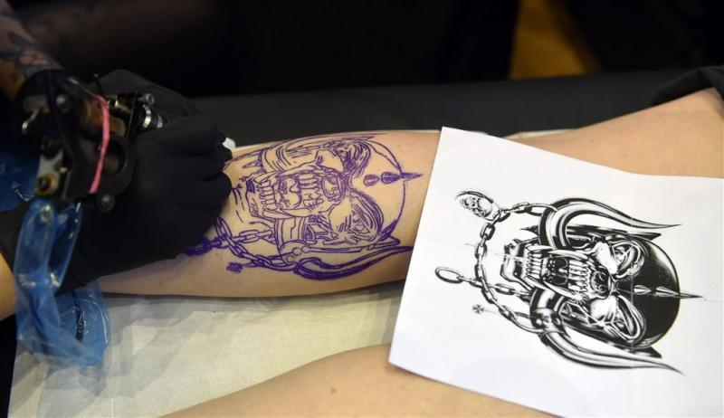 Amerikaanse luchtmacht soepeler met tattoos