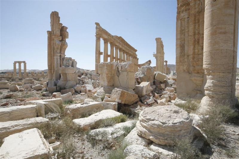 'IS vernielt weer deel antieke stad Palmyra'