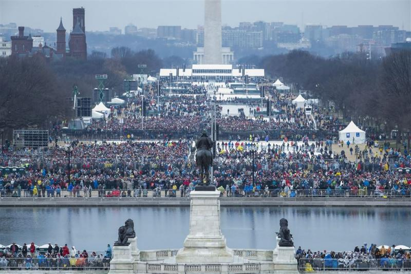 Actievoerders gooien ruiten Washington in