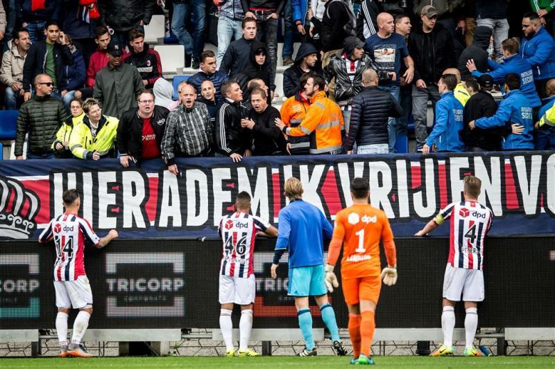 OM in beroep tegen straffen Willem II-fans