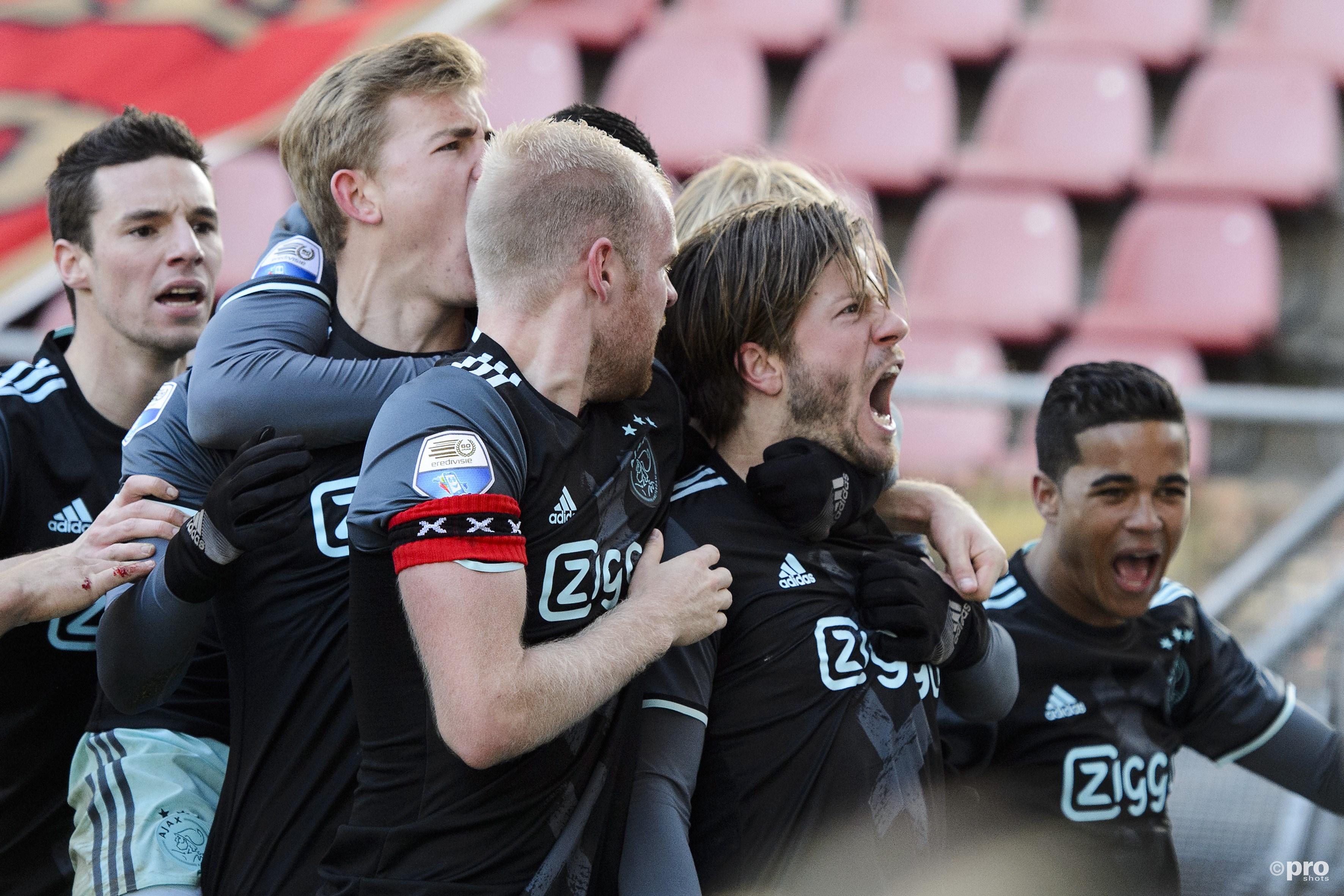 Ajax viert de 0-1. (PRO SHOTS/Jasper Ruhe)