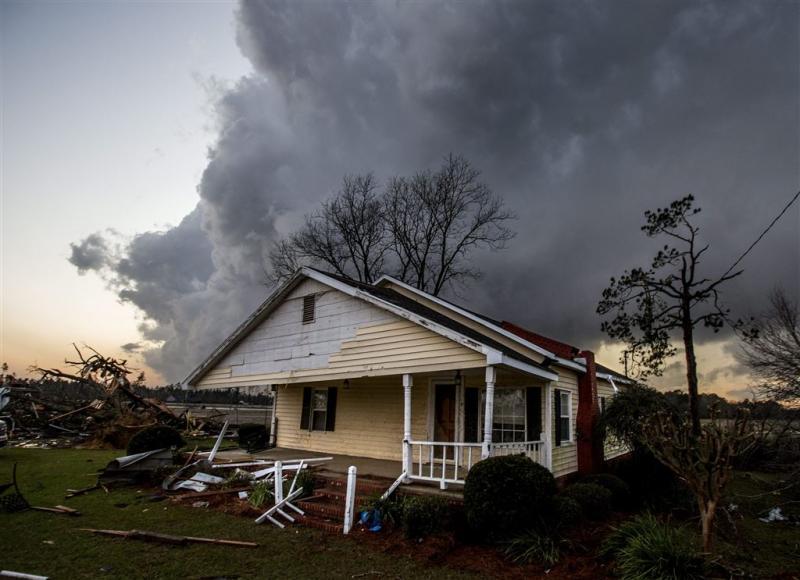 18 doden door tornado's in zuiden VS