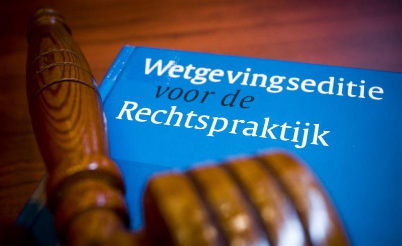 Van der G.: contact met reclassering onveilig