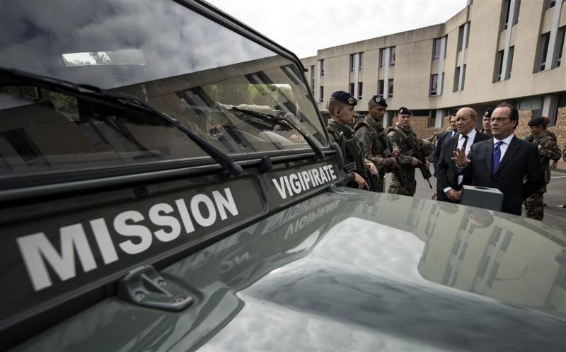 Frans leger bezorgd over diefstal truck