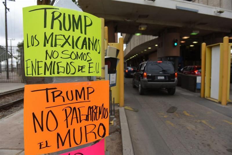 Bouw Mexicaanse muur begint binnen maanden