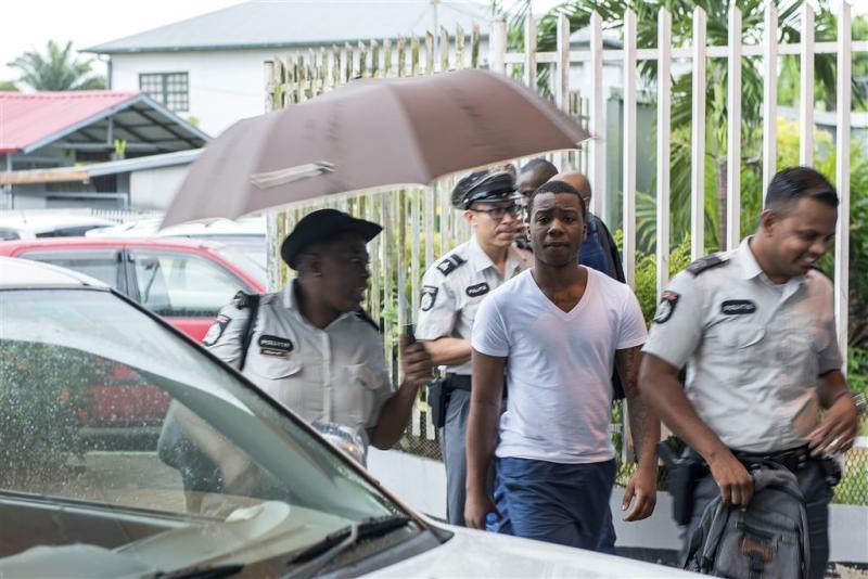 Rappers SFB blijven vastzitten in Suriname