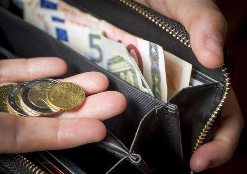 'Contant betalen moet mogelijk blijven'