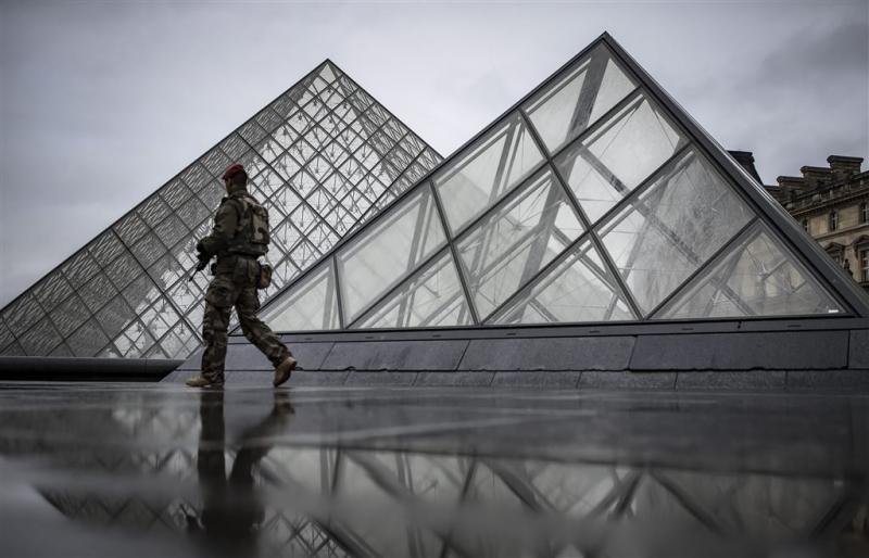 Louvre weer open