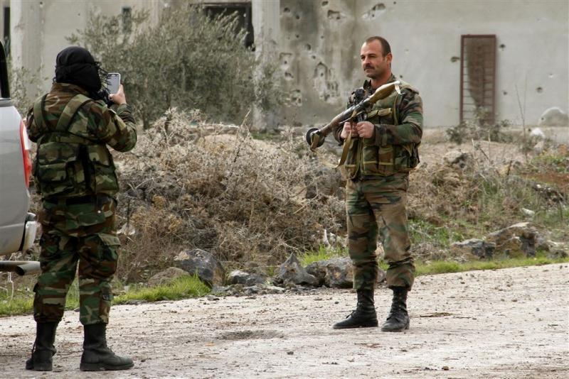 IS-bastion al-Bab omsingeld