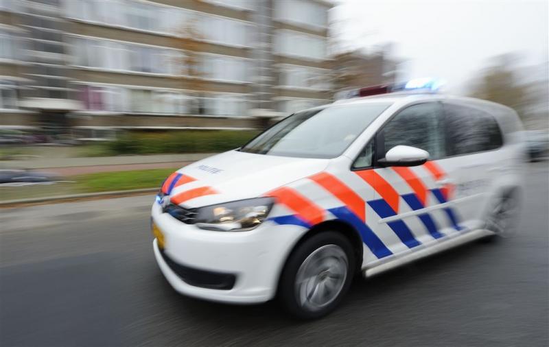 Politieachtervolging op A15 na plofkraak