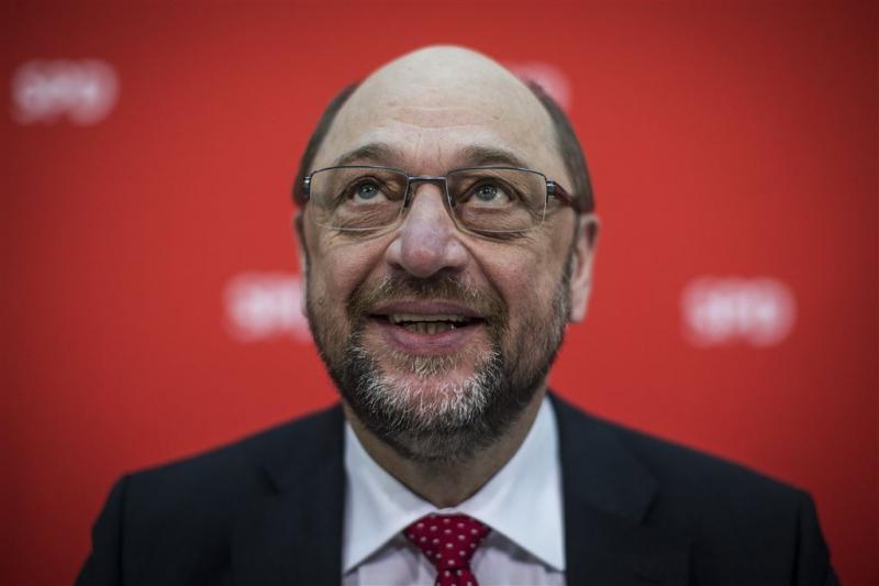 Duitsers zien liever Schulz als kanselier