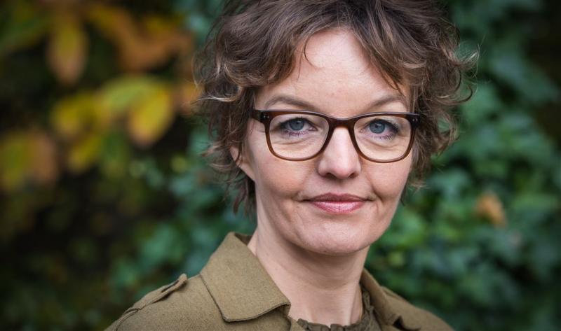 Sanne Wallis de Vries chaoot in huishouden