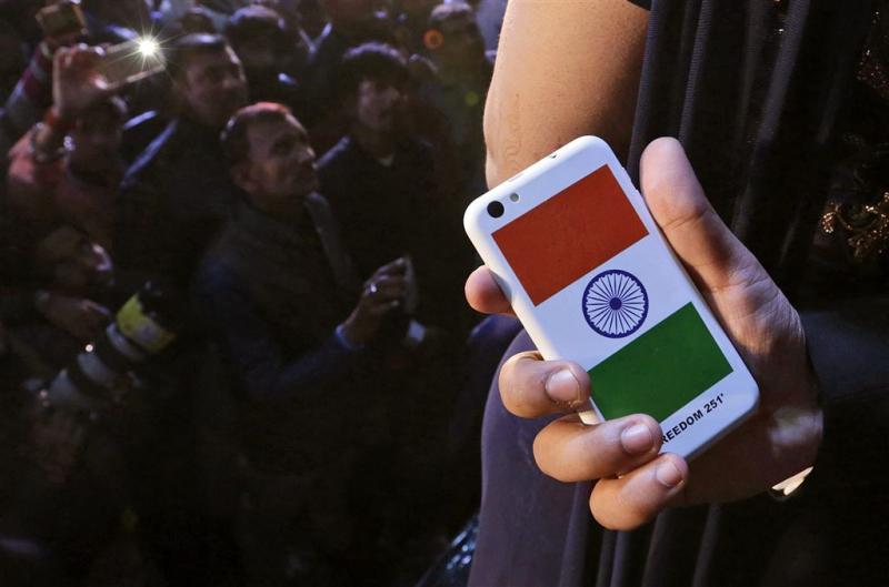 Maker 'goedkoopste smartphone' opgepakt