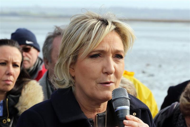 EP wil af van onschendbaarheid Le Pen