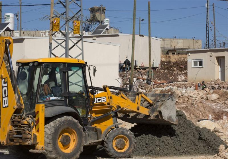 Israël ruimt huizen in Ofra op