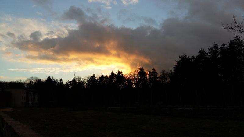 Fraaie zonsondergang in Apeldoorn (Foto: Disbatch)