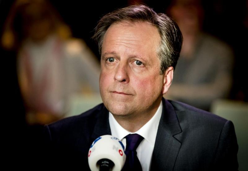 Pechtold bedreigd na nepfoto van Wilders