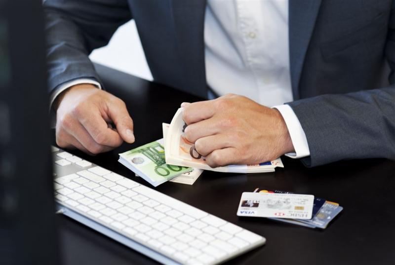 Nep-bv's frauderen met ziekteverzuim