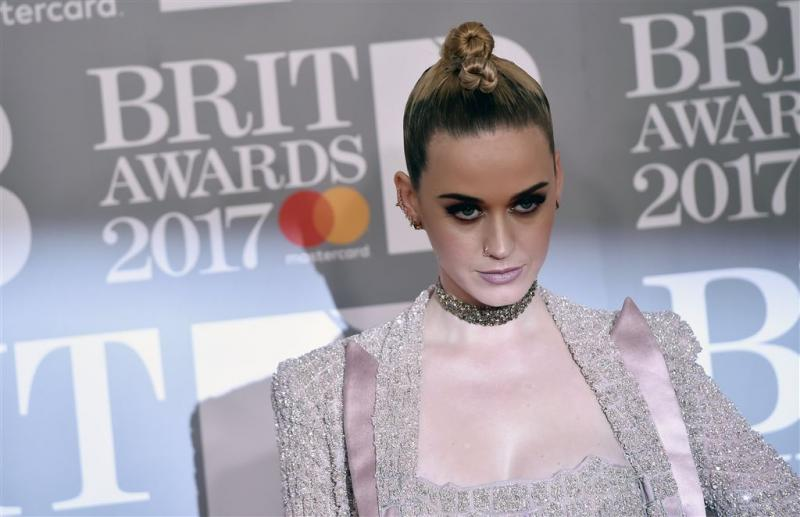Katy Perry neemt nieuw kapsel na break-up