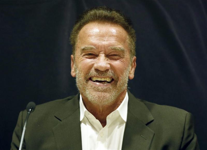 Trump claimt dat Schwarzenegger is ontslagen
