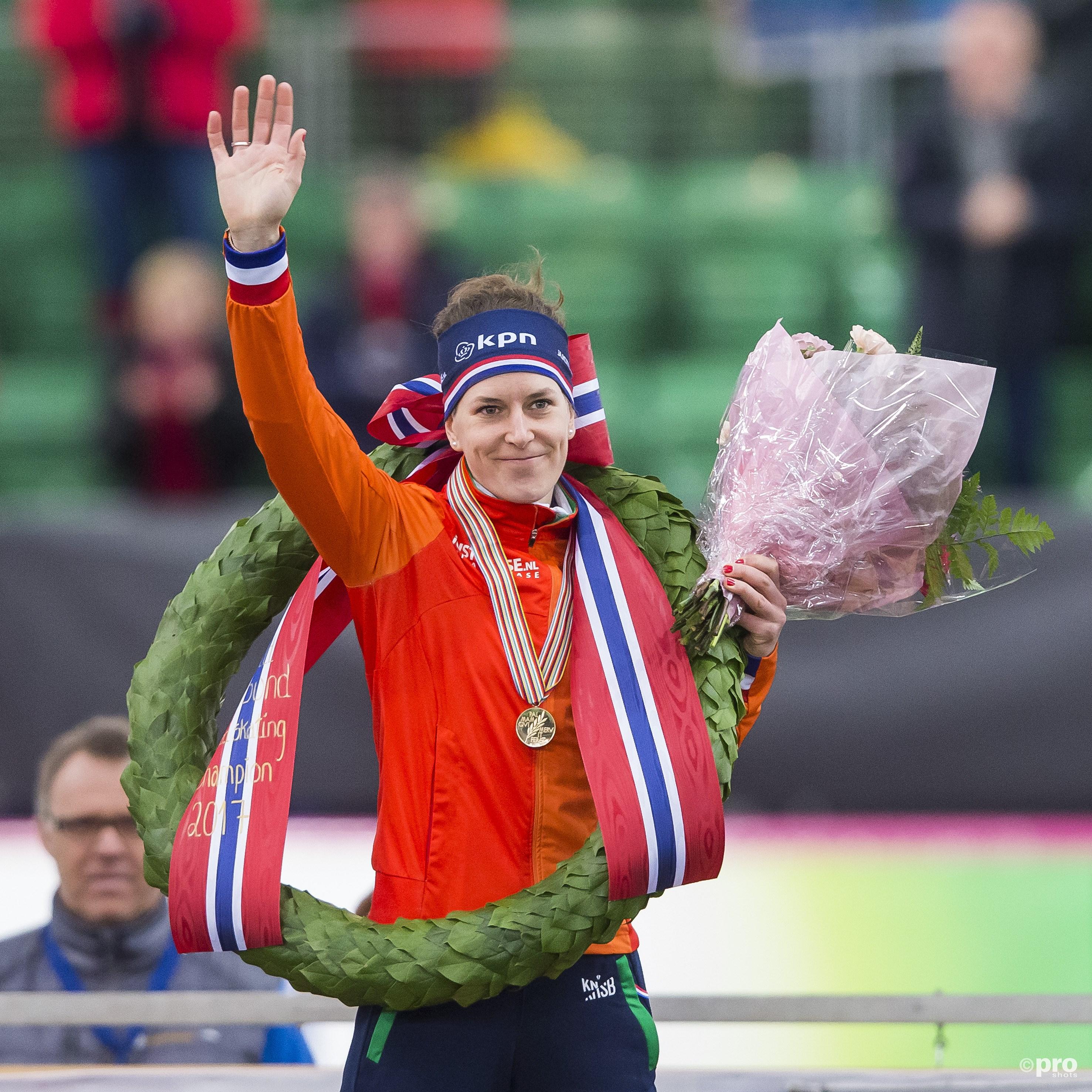 Ireen Wüst na drie jaar weer Europees kampioen. (PRO SHOTS/Erik Pasman)