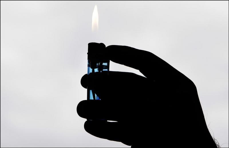 Jongen (13) dood door inademen aanstekergas