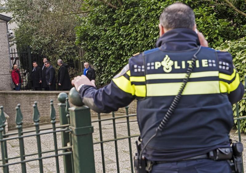 Noodbevel omgeving Turks consulaat Rotterdam