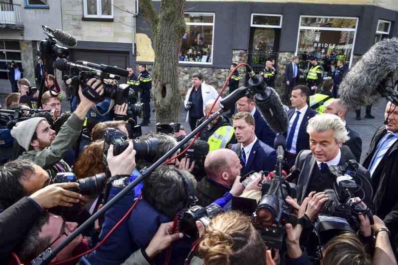 Opnieuw drukte bij flyeracties Wilders