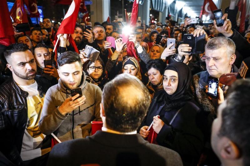 Turkse minister is ongewenste vreemdeling