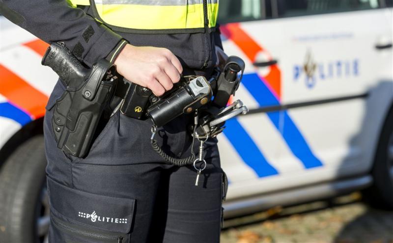 Politie schiet verdachte neer