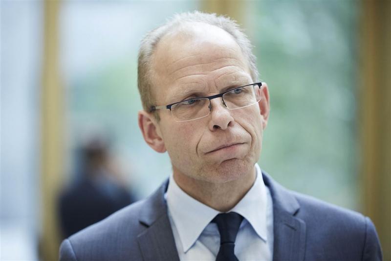 Van der Burg (57) opvolger Bolhaar bij OM