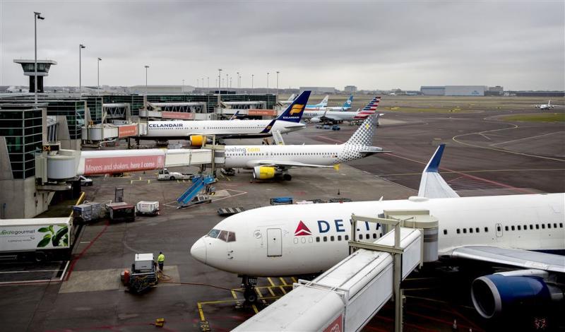 Toestel met problemen wijkt uit naar Schiphol