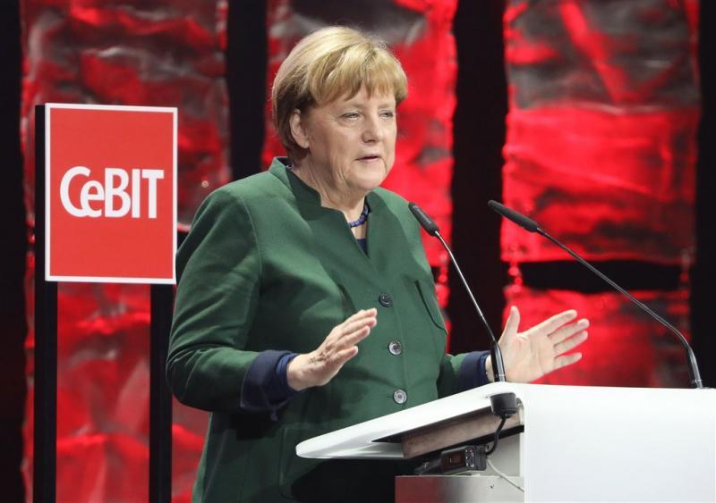 Merkel: nazivergelijking moet stoppen
