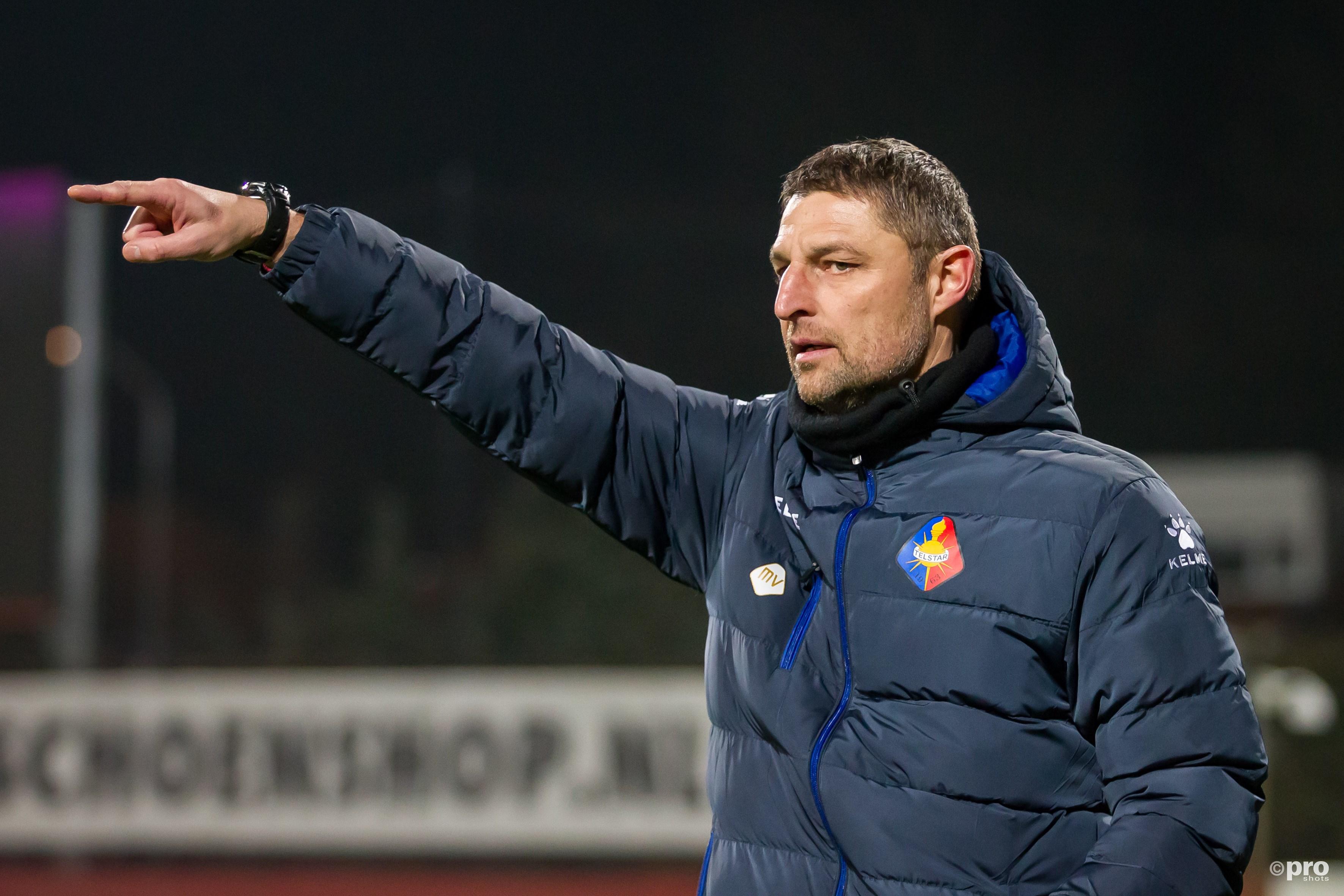 Michel Vonk verlaat na drie seizoenen de roemruchte club uit Velsen-Zuid. (PRO SHOTS/Peter van Ninhuys)