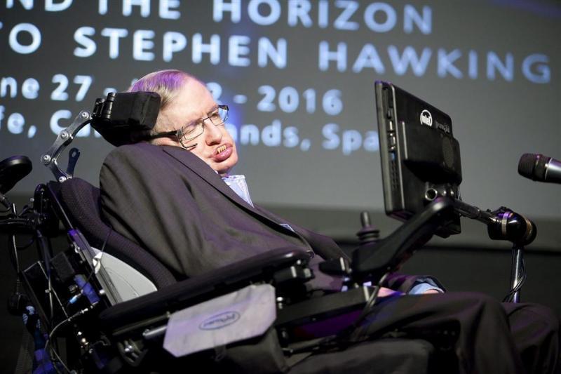 Stephen Hawking gaat de ruimte in