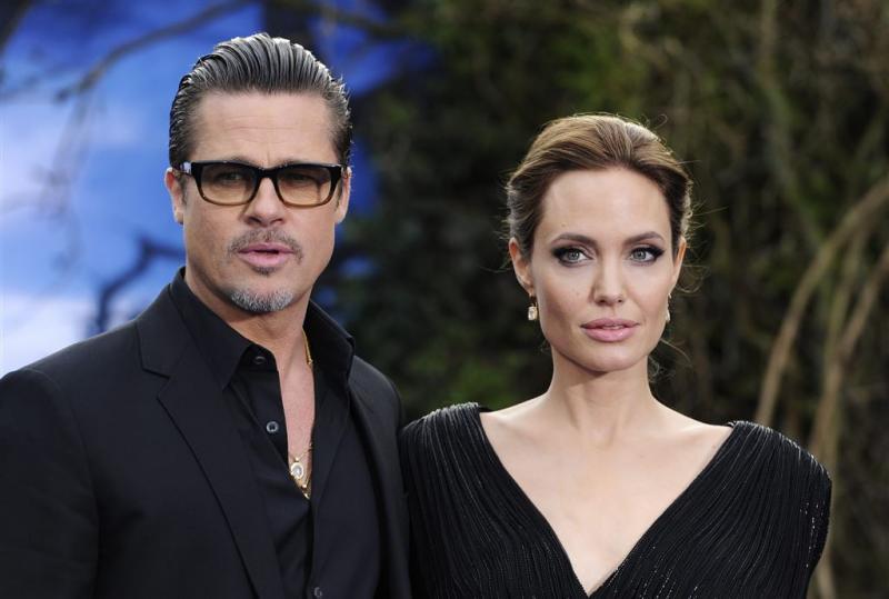 'Brad Pitt en Angelina Jolie praten weer'