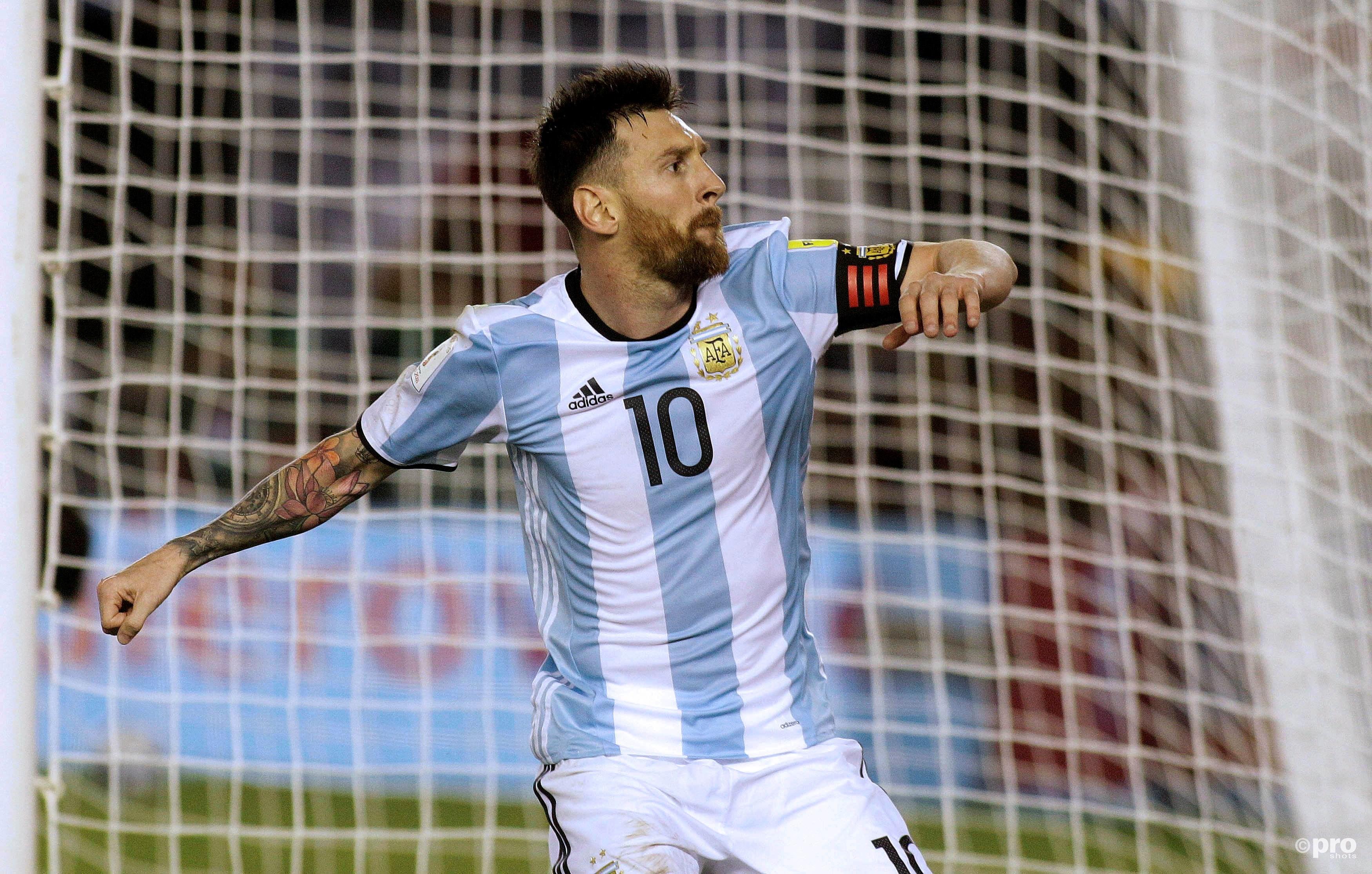 Messi juicht na zijn benutte strafschop. (PRO SHOTS/Action Images)