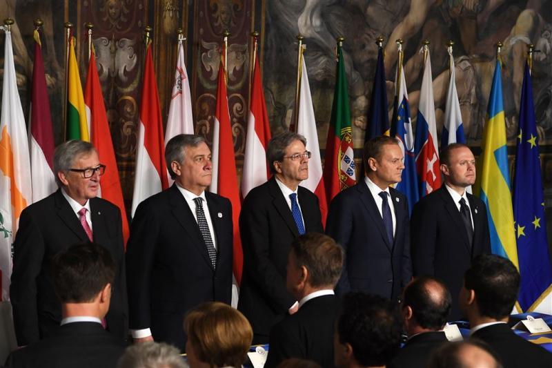 27 EU-leiders bekrachtigen hun eenheid