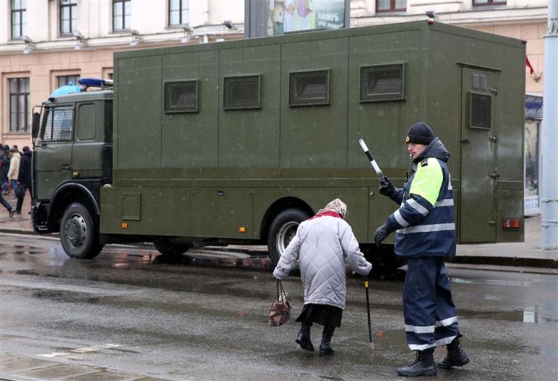 Honderden arrestaties bij protesten in Minsk
