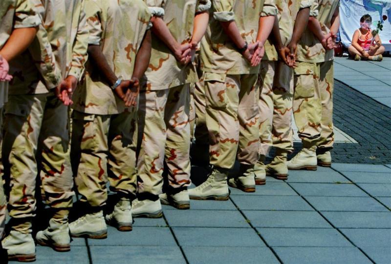 Tientallen meldingen van bedreiging militair