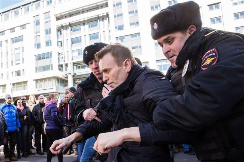 VS veroordeelt arrestaties Rusland