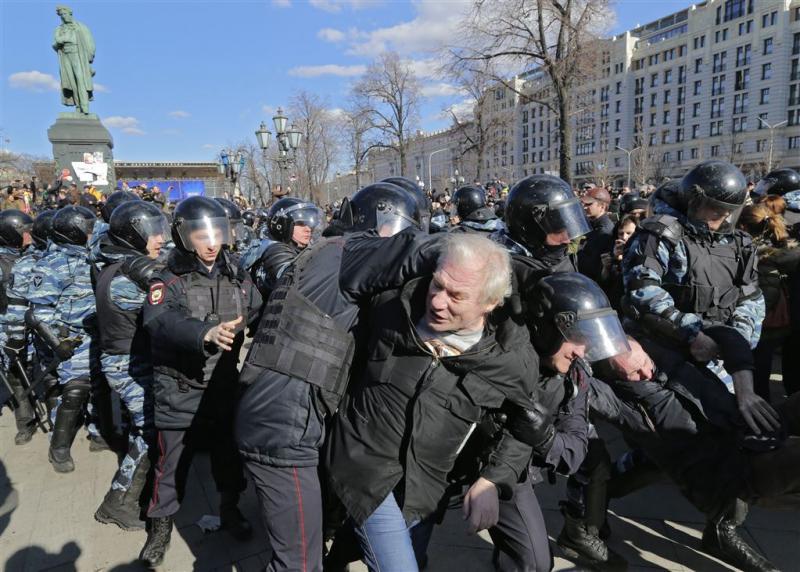 EU wil vrijlating Russische demonstranten