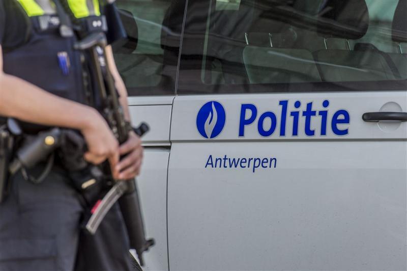 Verdachte Antwerpen blijft in cel