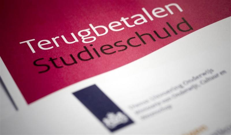 'DUO moet meer doen bij schulden van student'